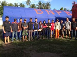 Tim Medis bersama BNPB